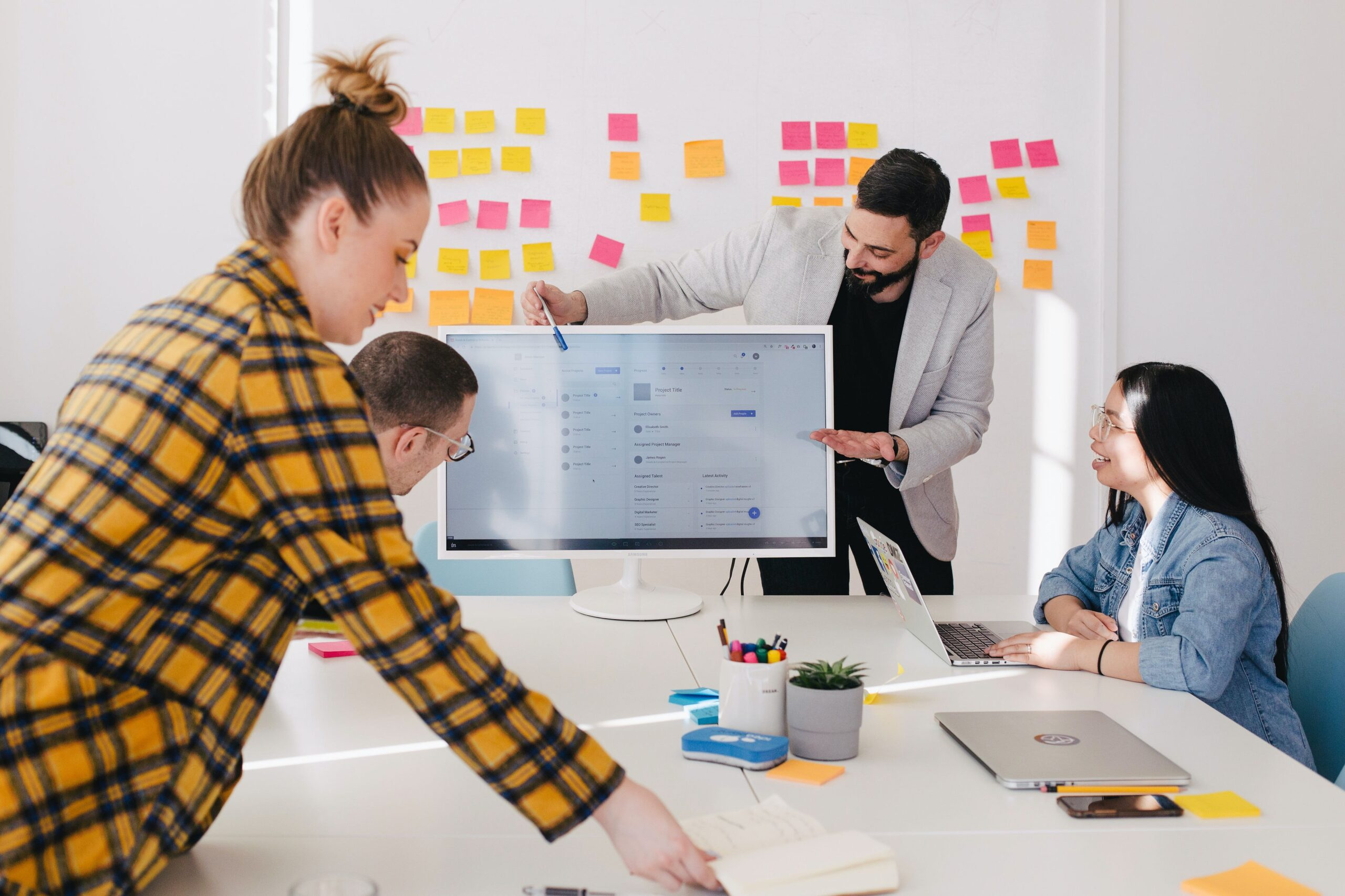 how to lead an efficient team meeting